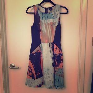 Sleeveless patterned neoprene dress